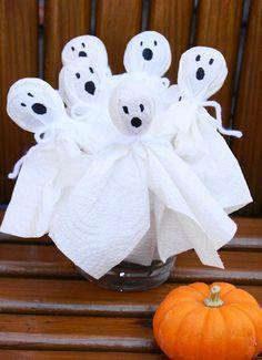 DIY Super Easy Tootsie Pop Ghosts