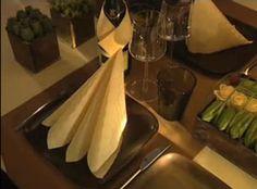 Kreative ideer til serviettbretting. Dekk flotte festbord med forseggjorte servietter.