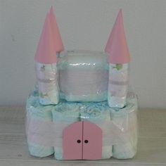 Grote foto luiertaart kasteel roze babyartikelen kraamkado