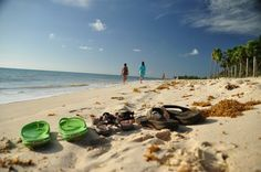 Mexico, Playa del Carmen - quiet beach in the north- great for families! More informations on: www.family-travel-planner.com
