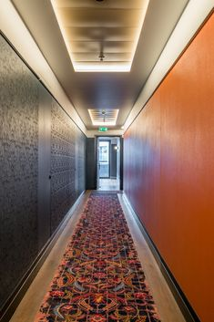 Check out this! Concealed risers doors, so no-one notices this necessity! Beautiful, bright colour scheme at Clayton Hotel, Aldgate. Hotel Hallway, Hotel Corridor, Contemporary Internal Doors, Contemporary Interior, Clayton Hotel, Bright Color Schemes, False Ceiling Design, Hotel Interiors, Pocket Doors