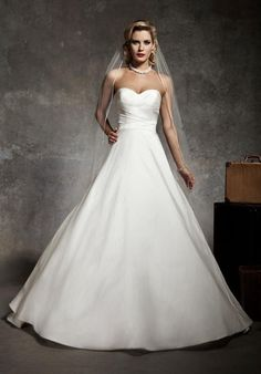 75ea086efec 7 Best Justin Alexander Bridal Gowns images