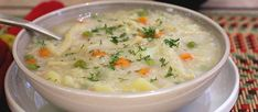 Don't toss that turkey carcass, you can make a hearty soup to feed the whole family, with dried beans, kale and pastini pasta. Colombian Cuisine, Colombian Recipes, Thai Coconut Soup, Crockpot Recipes, Cooking Recipes, Kale Soup, Leftover Turkey, Dried Beans, Bean Soup