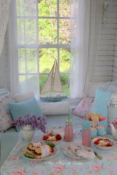 Aiken House & Gardens: Inside the Boathouse