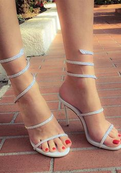 high heels – High Heels Daily Heels, stilettos and women's Shoes Stilettos, Stiletto Heels, Sexy Legs And Heels, Hot High Heels, Shoe Vamp, Strappy Sandals Heels, Sexy Toes, Lady, Gorgeous Feet