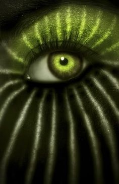 Through Watermelon green eye // Jungle by #Anticocotte