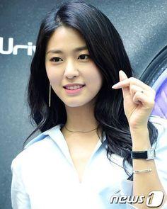 "384 Likes, 2 Comments - AOA 에이오에이 ~Ace Of Angels~ (@aoa_luvwies) on Instagram: "" 하트 #aoa_luvwies #aoa #aceofangels #aoacream #aoablack #kpop #seolhyun #hyejeong #jimin #yuna…"""