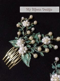 Set of 3 Green Leaf Hair Comb, Pearl Hair Comb, Bridal Hair Slide,Bridesmaid Gift, Woodland Wedding, Mint Hair Comb, Bridal Hair Pins by MyBijouxDesign on Etsy https://www.etsy.com/uk/listing/452477206/set-of-3-green-leaf-hair-comb-pearl-hair