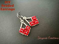 Heart model evening dress Make not only the simple earrings, but also the pretty, stylish, standing heart model. Beaded Jewelry Patterns, Beading Patterns, Diy Earrings Studs, Heart Earrings, Wire Earrings, Earring Tutorial, Maker, Bead Jewellery, How To Make Earrings