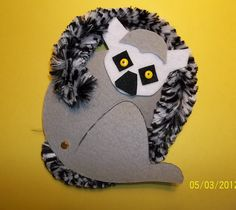 L is for LEMUR Craft Kit. $4.00, via Etsy.