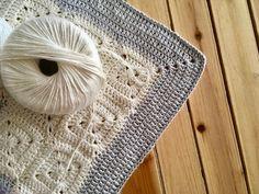 Patrón de ganchillo: Manta granny corazón de Maria Atelier | El blog de Dmc | Bloglovin' Knitting, Crochet, Accessories, Blog, Ideas, Tutorial Crochet, Crochet Pattern, Bed Covers, Hearts
