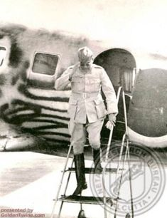 Rare Photographs of Subhas Chandra Bose Rare Pictures, Historical Pictures, Rare Photos, Freedom Fighters Of India, Subhas Chandra Bose, Lakshmi Images, India Independence, India Facts, History Of India