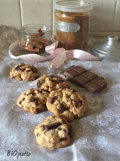 Cookies al cioccolato ricetta facile, ricetta golosa un pomeriggio con i bimbi facciamo la nostra merenda in poco tempo e gustiamo i cookies con una ......