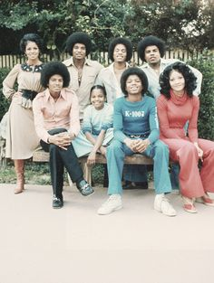 The Jacksons. How beautiful they all were, before surgeries
