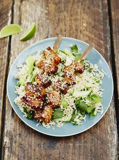 Jools' Asian-style salmon Great for kids, this Asian-style salmon recipe from Jools Oliver is a gent Salmon Fish Recipe, Salmon Recipes, Fish Recipes, Seafood Recipes, Asian Recipes, Ethnic Recipes, Jamie Oliver Healthy Recipes, Jools Oliver, Fish Dishes