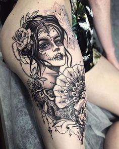 Skull Thigh Tattoos, Sugar Skull Girl Tattoo, Girl Thigh Tattoos, Floral Thigh Tattoos, Thigh Tattoo Designs, Sleeve Tattoos For Women, Candy Skull Tattoos, Back Thigh Tattoo, Sugar Skull Sleeve