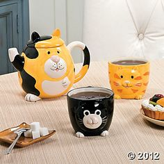 Cat Teapot Set - I love the little tuxedo cat cup!