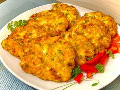 Puszyste kotleciki drobiowe z czosnkiem i pietruszką - Blog z apetytem Polish Recipes, Calzone, Tandoori Chicken, Poultry, Cauliflower, Soup, Tasty, Blog, Vegetables