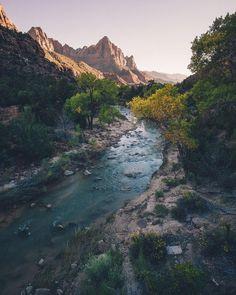 Flows through Zion #MKEXPLORE by nikk_la