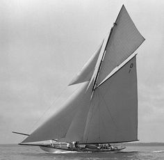 Classe 15mR Mariska D1 (1908) William Fife.