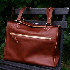 Beautiful bag from FMK Manufaktur. True handicraft! Vegetable tanned leather. Made in Sweden.