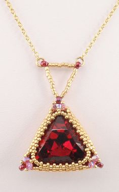 Beading Tutorial for Triangle Trinket Necklace by njdesigns1