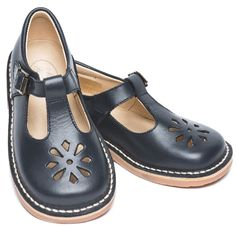 Alexis Classic navy blue children shoes ~ lovely sensible and posh school shoes! I love them now but hated them as a kid. T Bar Shoes, Kid Shoes, Toddler Shoes, Women's Shoes, Minimal Shoes, Most Popular Shoes, Barefoot Shoes, Unique Shoes, Baby Boy Fashion