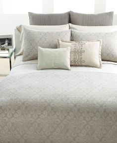 Good Macyu0027s Home   Vera Wang Bedding, Love Knots Collection