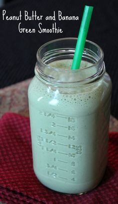 Peanut butter and banana green smoothies 173 calories and 5 weight watchers points plus