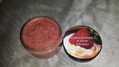 espuma à la fraise gommante de douche