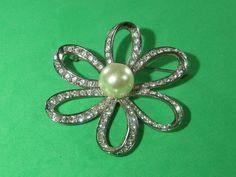 6 Leaf Rhinestone Flower Brooch Pin Vintage Trendy Style Elegant Jewelry Piece by HipTrends2015 on Etsy