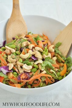 Asian Chopped Salad with cashews and a peanut ginger dressing. This is so good!! Vegan and gluten free.