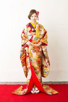 kimono 着物 色打掛 大手他店参考価格38万→98,000円 #japan #kimono #wedding #結婚式 #着物 #和装 #色打掛 #格安