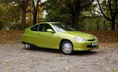 Time travel: driving the original Honda Insight Honda Insight, Mk1, Electric Cars, Time Travel, The Originals, Green, Trucks, Yellow, Ideas
