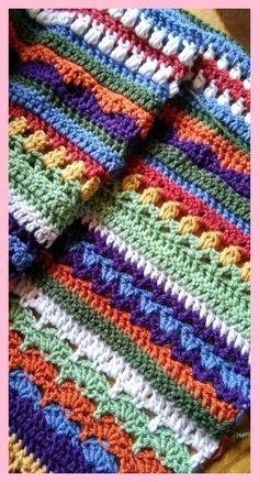 43 Ideas Knitting Blanket Pattern Scrap Source by mabelboufflet Scrap Yarn Crochet, Crochet Crafts, Crochet Projects, Diy Crafts, Afghan Crochet Patterns, Crochet Stitches, Knitting Patterns, Knitting Ideas, Crochet Afgans