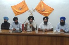 """SAD working in """"connivance"""" with """"saffron powers"""" to damage Sikh tenets, says Dal Khalsa  - http://www.sikhsiyasat.net/2013/09/09/sad-working-in-connivance-with-saffron-powers-to-damage-sikh-tenets-says-dal-khalsa/"""