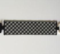 Siyah-beyaz kaz ayağı desenli kalın miyuki bileklik