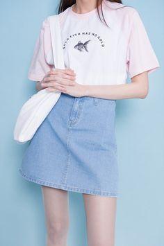 shirt. denim skirt. tote.