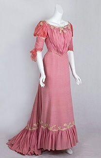 Edwardian dress 1902