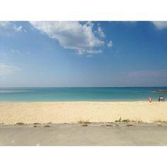 【dramatic_tokyo】さんのInstagramをピンしています。 《Okinawa ChuraSUN beach #Japan #okinawa #naha #beach #sky #blue #sun #beautiful #churasunbeach #fine #beautiful #japanese #trip #sightseeing #relax #nature #日本 #沖縄 #那覇 #ちゅらさんビーチ  #美らsunビーチ #旅 #海 #空》