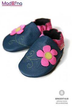 992e25e30db5 V topánkach Liliputi sa Vaše dieťa naučí chodiť tak