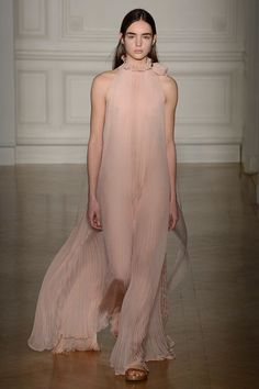 Valentino - Spring 2017 Couture