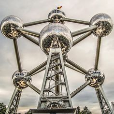 The @atomium is one of the most amazing monuments in Europe according to @ebdestinations! Discover our selection of top 10 monuments in Brussels © @frederique_vdb