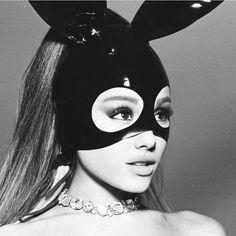 Ariana Grande Album Cover, Ariana Grande Photoshoot, Ariana Grande Fans, Ariana Grande Pictures, Adriana Grande, Ariana Grande Dangerous Woman, Star Wars, Aesthetic Photo, Nicki Minaj