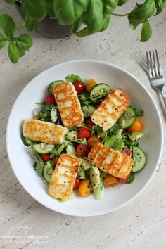 Keto Recipes, Cooking Recipes, Healthy Recipes, Healthy Food, Halloumi, Appetizer Salads, Polish Recipes, Appetisers, Food And Drink