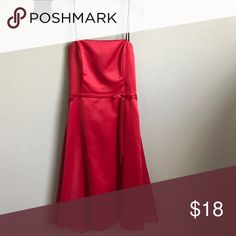 🦋 SALE! Red dress Silky feeling red dress. Can be worn with or without the straps. Size large. Excellent condition, worn once as a bridesmaid dress, no rips or stains. Dresses