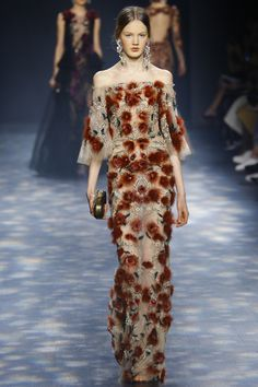 Catwalk photos and all the looks from Marchesa Autumn/Winter Ready-To-Wear New York Fashion Week