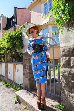 The wardrobe of Ms. B: Blue Hawaii