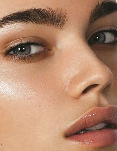 #Gloss #Makeup #Lipstick #Beauty