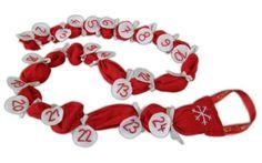 Adventní kalendář | Moje-rodina.cz Textiles, Cookie Cutters, Crafts, Manualidades, Handmade Crafts, Cloths, Arts And Crafts, Craft, Fabrics